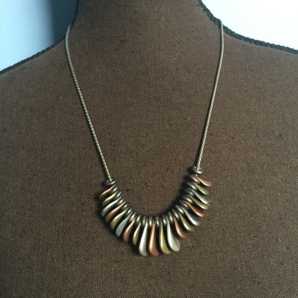Jewelry - 3 FOR $30 Mixed Metal Drop Statement Necklace